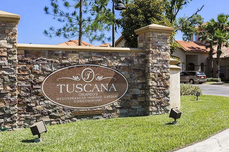 Tuscana Entrance